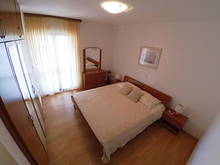 Two bedroom apartment Brna, Korcula (A-15730-b)