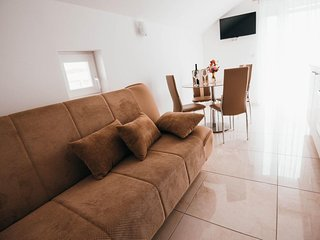 One bedroom apartment Vodice (A-15734-g)
