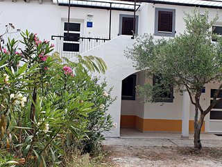 One bedroom apartment Nerezine, Lošinj (A-15768-a)