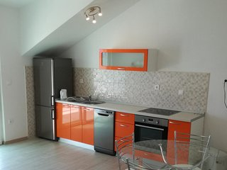 Sveta Nedelja Apartment Sleeps 4 with Air Con - 5636069