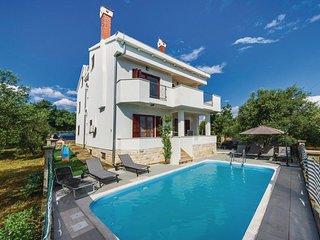 Comfortable and spacious house Sveti Filip i Jakov, Biograd (K-15775)