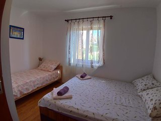 Two bedroom apartment Njivice, Krk (A-15904-b)