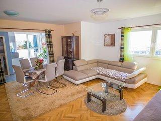 One bedroom apartment Split (A-8925-c)