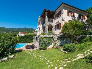 Four bedroom house Poljane, Opatija (K-15954)
