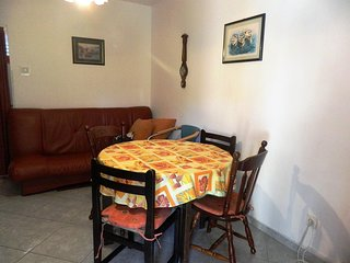 Two bedroom apartment Rogoznica (A-15876-b)