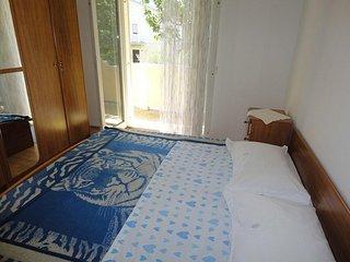 One bedroom apartment Supetarska Draga - Donja, Rab (A-15983-c)