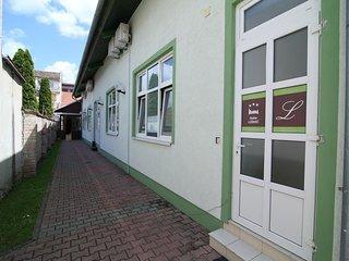 Room Osijek, Slavonija (S-15994-c)