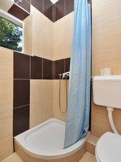 Bathroom 4, Surface: 3 m²