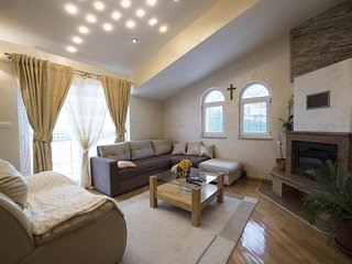 Three bedroom apartment Klis, Split (A-16005-b)