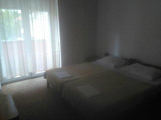 Room Gradac (Makarska) (S-16006-f)
