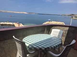 Kustici Apartment Sleeps 5 with Air Con and WiFi - 5647857