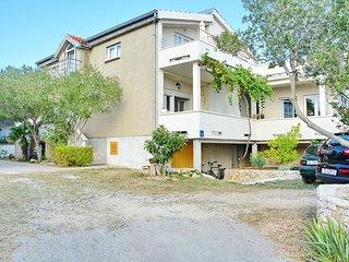 Two bedroom apartment Vrsi - Mulo (Zadar) (A-12519-b)