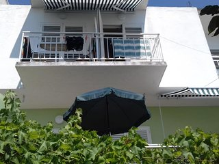 Studio flat Tucepi, Makarska (AS-16037-a)