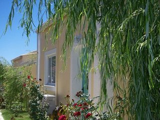 Holiday Home Daffodil with splashpool Corfu Greece