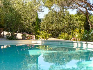 4 bedroom Villa in Saint-Michel-lObservatoire, Provence-Alpes-Côte d'Azur, Franc