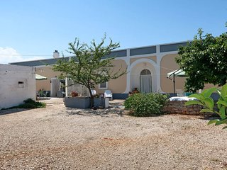 4 bedroom Villa in Sisto, Apulia, Italy : ref 5654256