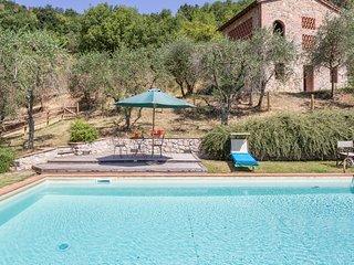 2 bedroom Villa in San Concordio di Moriano, Tuscany, Italy - 5241082