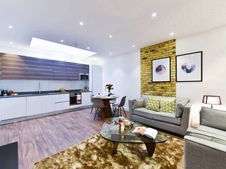 19 Fortess Rd F-03 · Luxurious 1 Bedroom Apartment Near Camden