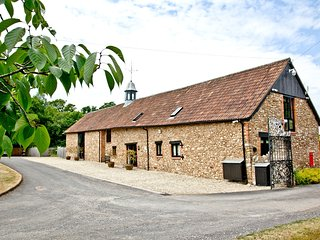 The Great Long Barn, West Buckland located in Wellington, Somerset