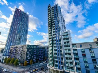 Stratford 102 . Majestic 2 Bedroom Flat Nearby The Olympic Park