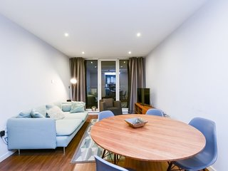 Royal Oxygen 106 . Stylish Flat Very Close To London City Airport