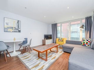 Royal Oxygen 14 . Modern Apartment Right Next To Excel London