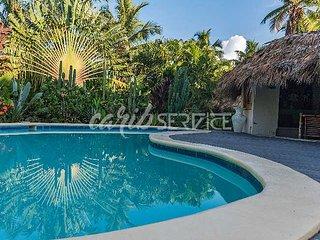 BAIKA, villa mer à 150 m, 3 chambres (1 avec mezzanine), piscine privée, 10 pers