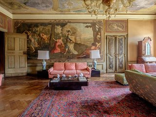 Ca'Affresco - Large luxury apartment with affresco
