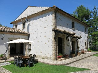 5 bedroom Villa in Arci, Abruzzo, Italy : ref 5444944