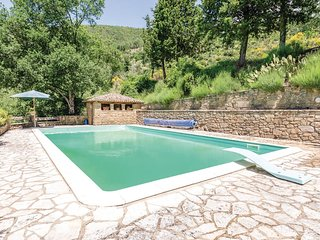 3 bedroom Villa in Schine, Umbria, Italy - 5604994