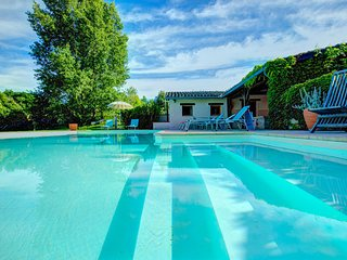 7 bedroom Villa in Salvagnac-Cajarc, Occitania, France : ref 5604566