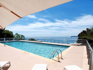 2 bedroom Apartment in Carnoles, Provence-Alpes-Cote d'Azur, France : ref 565362