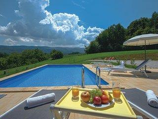 3 bedroom Villa in Pustodol, Krapinsko-Zagorska Zupanija, Croatia : ref 5609505
