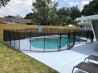 KMG: 'AQUA VILLA' 3BD 2BA W/ HEATED POOL BY TPA AIRPORT