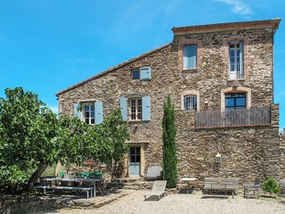 5 bedroom Villa in Saint-Michel-de-Llotes, Occitania, France : ref 5653708