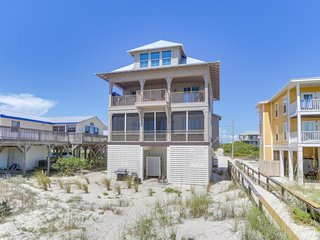 NEW LISTING! Oceanfront & dog-friendly home w/beach access, private hot tub