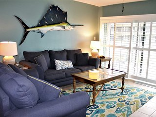 Beautiful Coastal Condo in Crescent Beach close pool & ocean - Ocean House 116