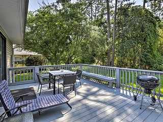 Mexico Beach Home on Quiet St. - 1/2 Mile to Beach!