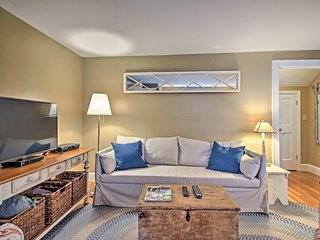 Charming Kennebunk Guest House Near Beach!