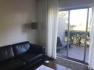 Mercure Resort Gerringong (Superior Room w/Balcony 2)