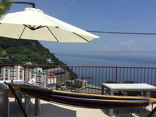 Oceanview Vacation Rental HolidayHome in Atami, Fireworks Festival,  BBQ terrace