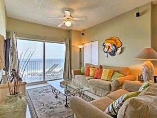 Orange Beach Condo w/ Balcony & Pool Access!