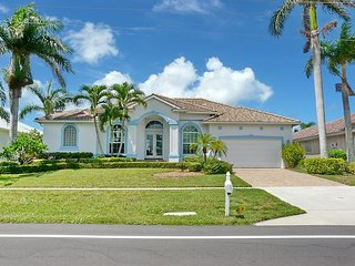 Relaxing waterfront home w/ heated pool & short walk to Tigertail Beach