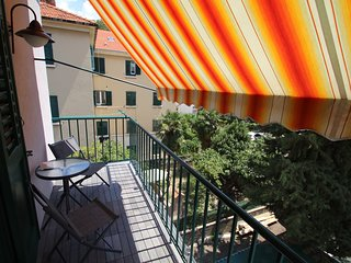 Nice and cozy appartment with a balcony in the centre of Split.
