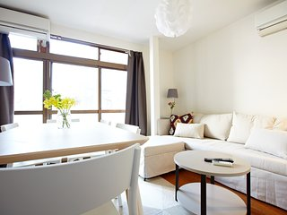 NEW 2 BED & LOUNGE SHINJUKU PEACE, COMFORT, LUXURY
