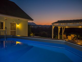 Villa Antzela with Private Pool and Gardens