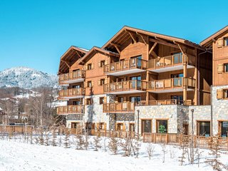 3 bedroom Apartment in Samoëns, Auvergne-Rhône-Alpes, France : ref 5654479