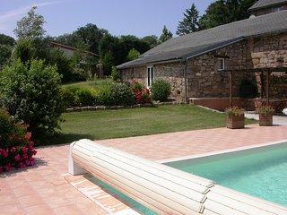 Gite avec piscine privative et superbe panorama