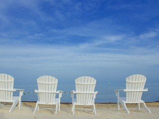Autumn Sea Breeze Low Prices