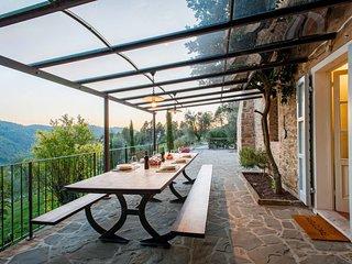 5 bedroom Villa in San Martino in Freddana-Monsagrati, Tuscany, Italy : ref 5655